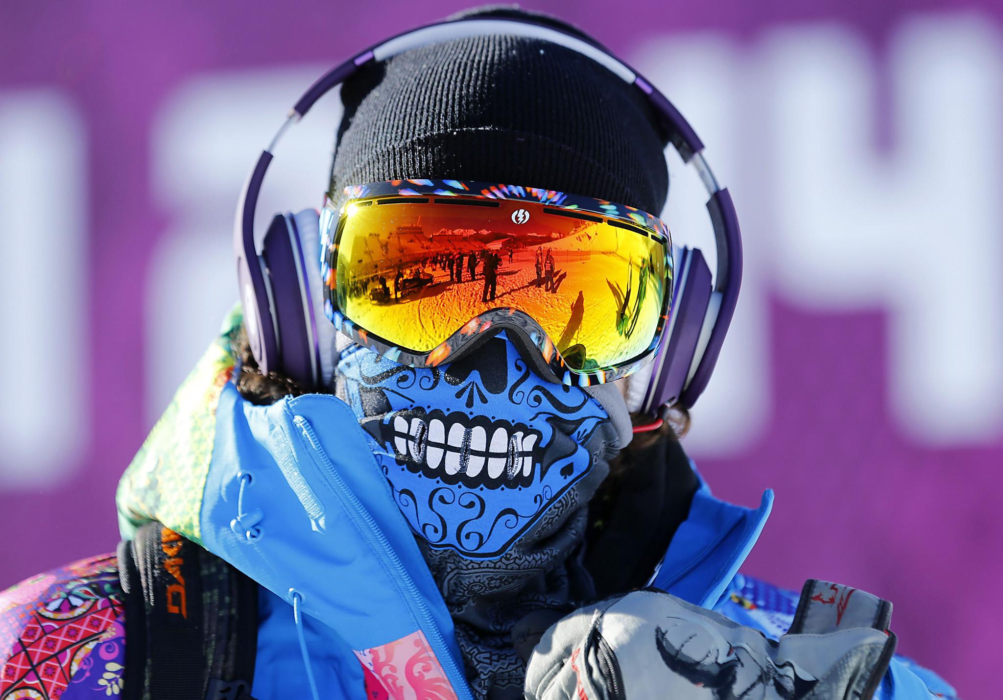 Le snowboarder Svyatoslav Shirvel à l'entrainement (JO Sotchi 2014)