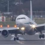 avion-atterrissage-vent-violent-boeing-angleterre