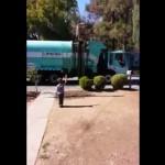 camion-poubelle-enfant-autiste-cadeau