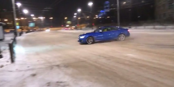 Drift slide et crash en Audi S5