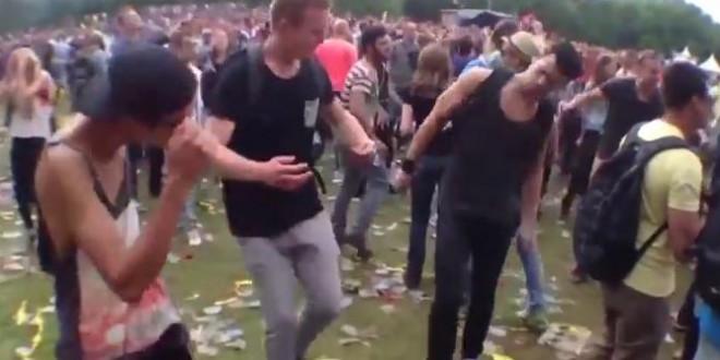 Ils dansent sur Benny Hill au Awakefest 2013