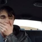 homme-monte-voiture-mafieux-meutrier-mafia-prank