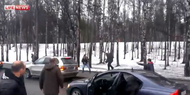 Fusillade entre automobilistes en Russie (Road Rage)