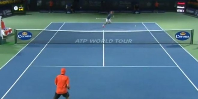 Un point spéctaculaire de Mr. Roger Federer à Dubaï
