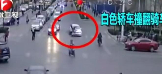 Ivre au volant il percute un vélo et un policier