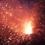 drone-gopro-film-volcan-erruption-mont-yasur