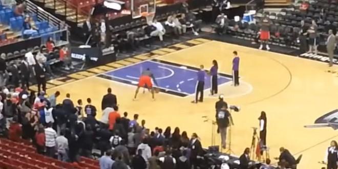 Un basketteur américain battu par un enfant