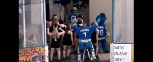 hockey-glace-danse-cheerleader-wobble