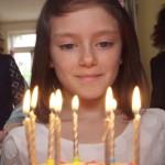 quotidien-choc-enfant-guerre-save-the-children-spot-media-publicitaire