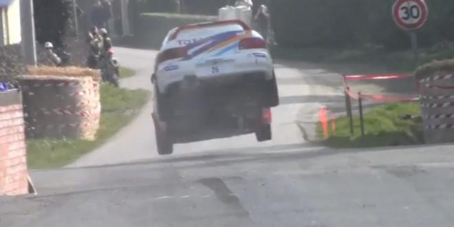 Un pilote évite le crash de justesse au rallye du Touquet
