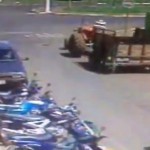 tracteur-perd-remorque-carrefour-detache-fail