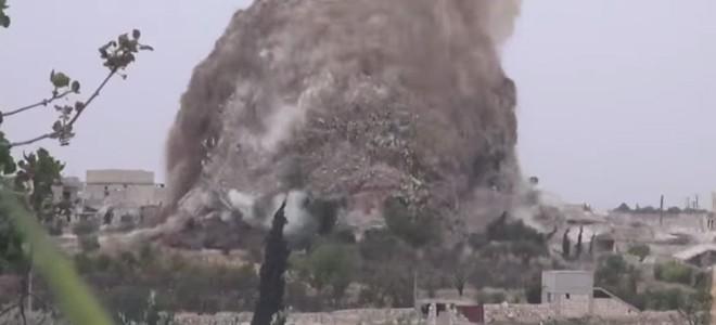 Les rebelles creusent un tunnel et tuent 30 soldats en le faisant exploser