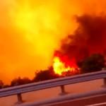 voiture-traverse-incendie-san-diego