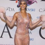 rihanna-robe-transparente-gagne-oscar-mode