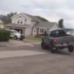 voiture-tout-terrain-arrete-course-poursuite-police-fuyard