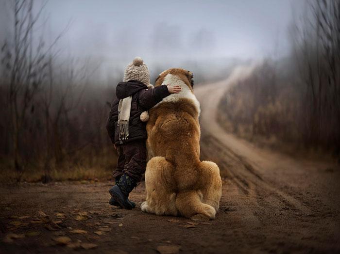 enfant-grand-chien-22