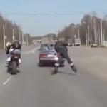 accident-moto-voiture-compilation