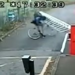 transport-cycliste-barriere-fail
