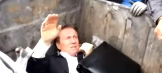 Un député ukrainien jeté dans une poubelle