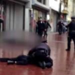 homme-attaque-policier-hache