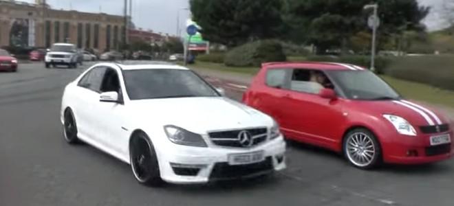 Il fait l'imbécile et se crash en Mercedes C63 AMG