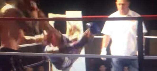 KO sur uncoup de pied circulaire en boxe thaï