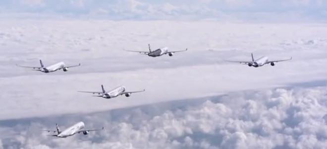 Vol en formation de 5 avions A350-XWB