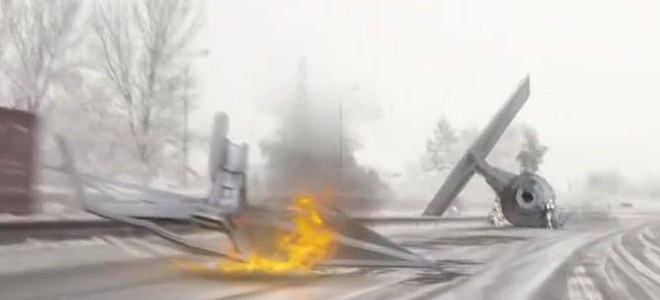 TIE Fighter accidenté sur une autoroute