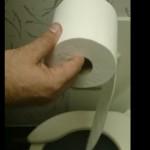 papier-toilette-avion-derouler
