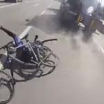 camion-citerne-cycliste