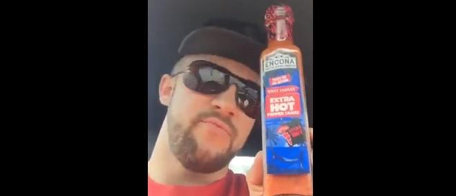 Blague de la sauce piquante à McDo