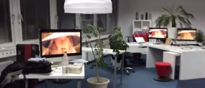 Gandalf envahit des bureaux