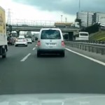audi-tt-slalom-autoroute