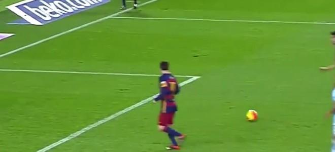 Penalty-passe de Messi
