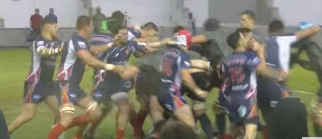 Bagarre au rugby : Marine Nationale vs Royal Navy