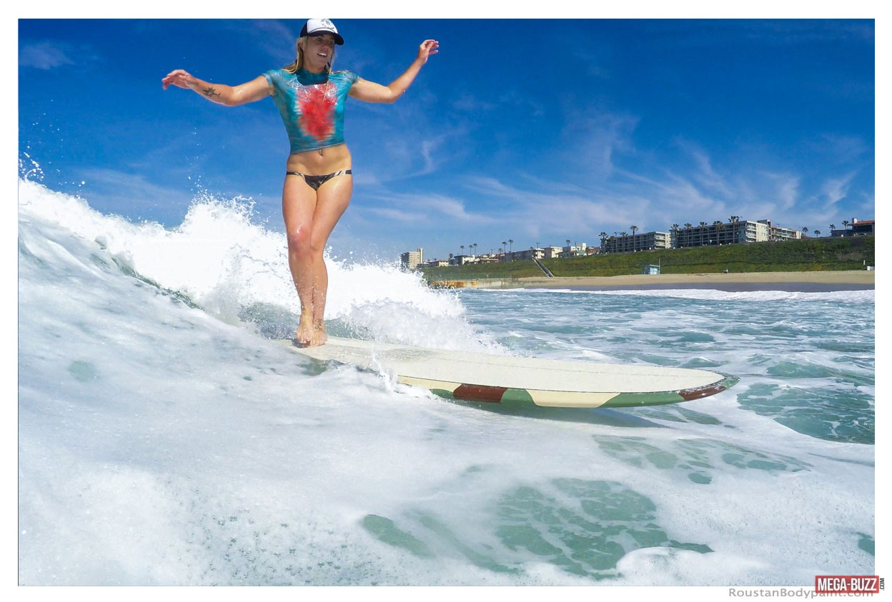 surfeuses-maillot-bain-bodypainting-16