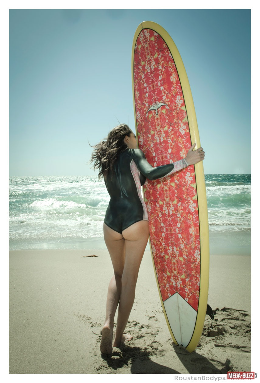 surfeuses-maillot-bain-bodypainting-6