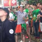 supporter-irlande-euro-football-drague-policiere