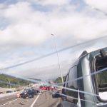 accident-voiture-autoroute-feu-femme