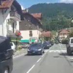 john-kerry-velo-montagne-police