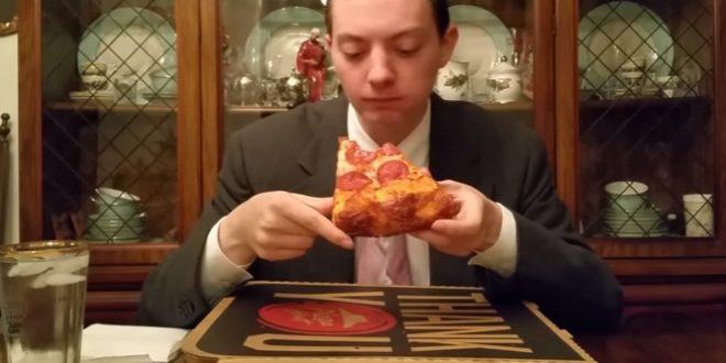 Un étudiant gagne sa vie en mangeant des pizzas !
