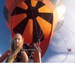 saut-parachute-blonde-seins-hot