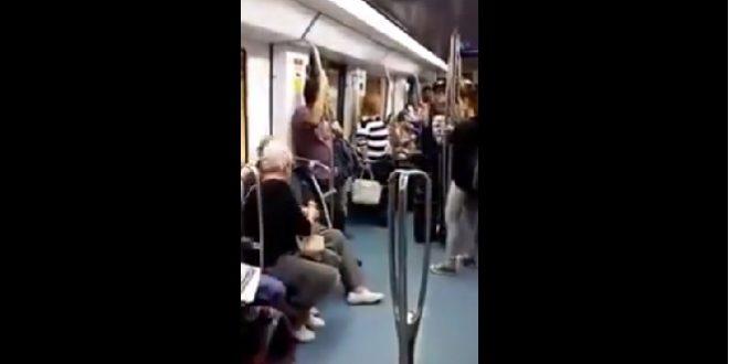 Un adorable couple de papi et mamie font le show dans le métro !