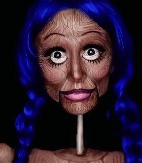 Vidéo : Une poupée humaine !