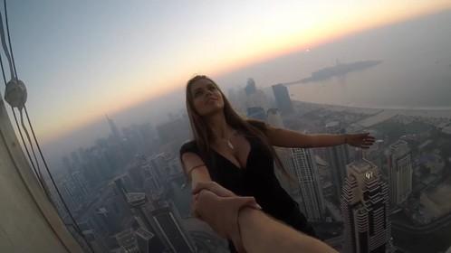 Un mannequin russe hyper sexy a risqué sa vie pour une photo instagram !