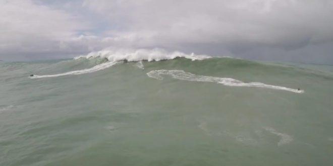 Un surfeur fou !